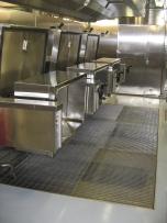 Pavimentazione in Grigliato, cucina Costa crociere (acciaio inox aisi 304).
